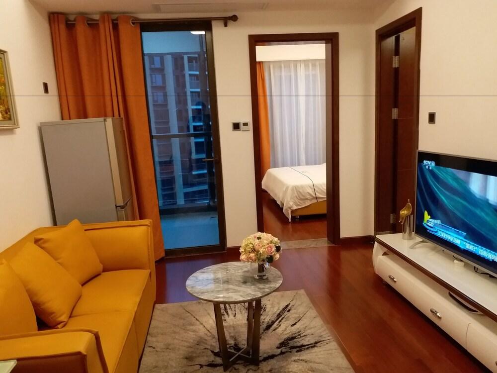 Shengang Apartment North Raiway