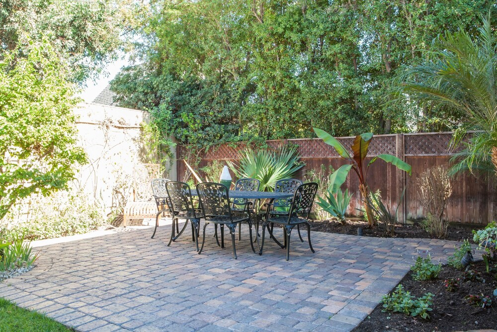 onefinestay Melrose Avenue II private home