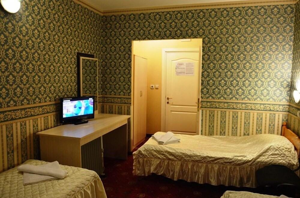 Gallery image of Odysseus Hotel