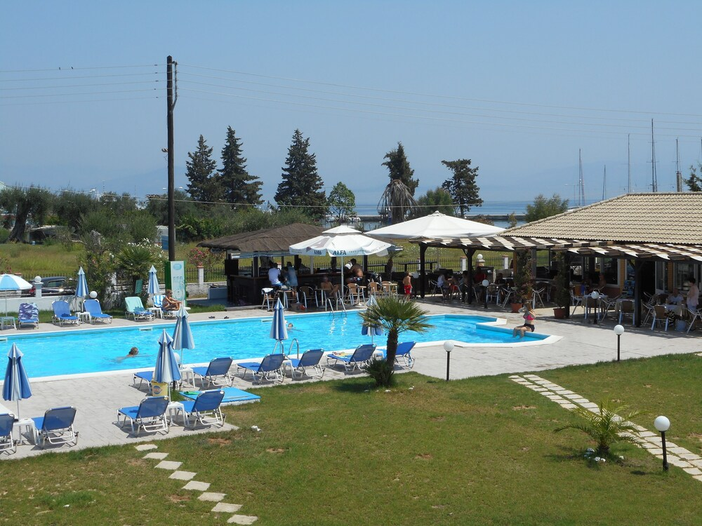 Gallery image of Egrypos Hotel & Apartments