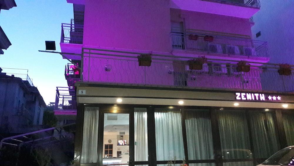 Gallery image of Hotel Zenith