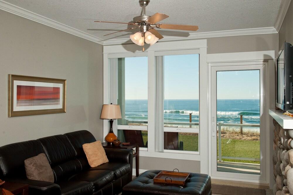 Keystone Vacation Rentals Sea to Believe Condo