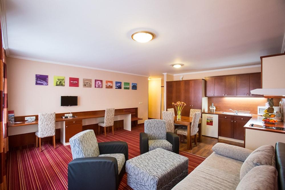 City Hotel Budapest Aparthotel