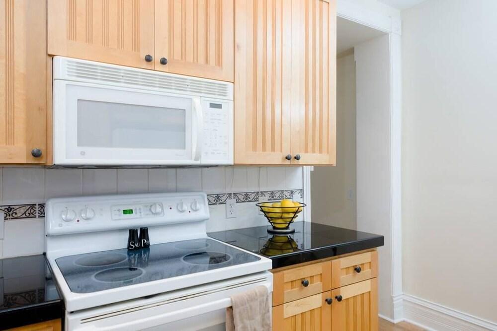 D022 2 Bedroom Apartment By Senstay
