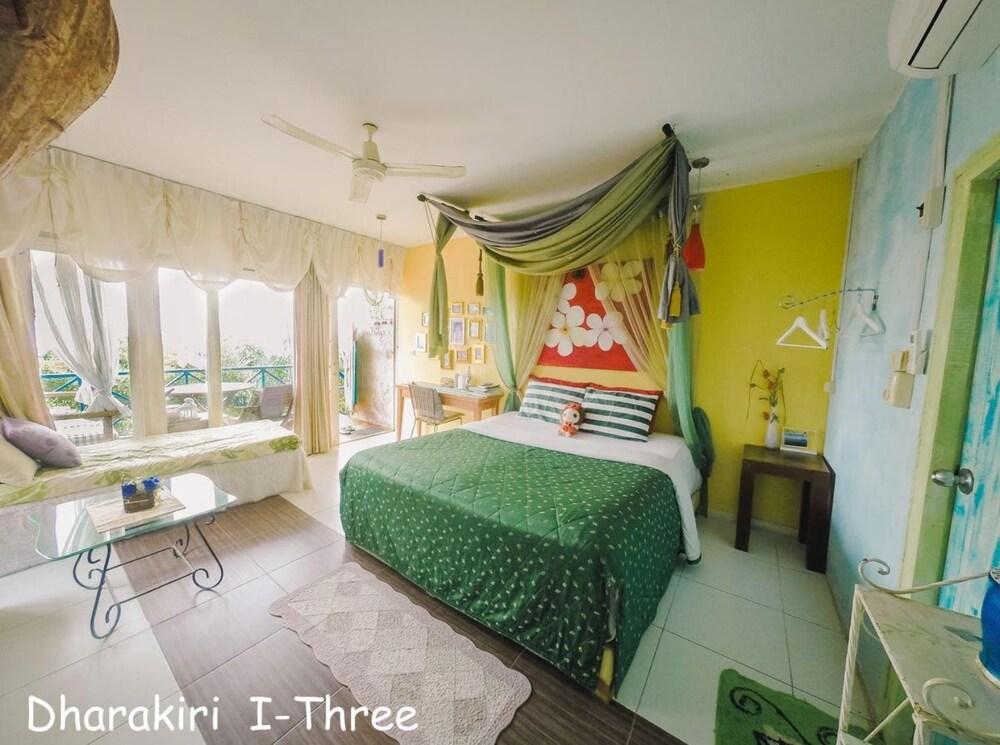 Dharakiri Resort