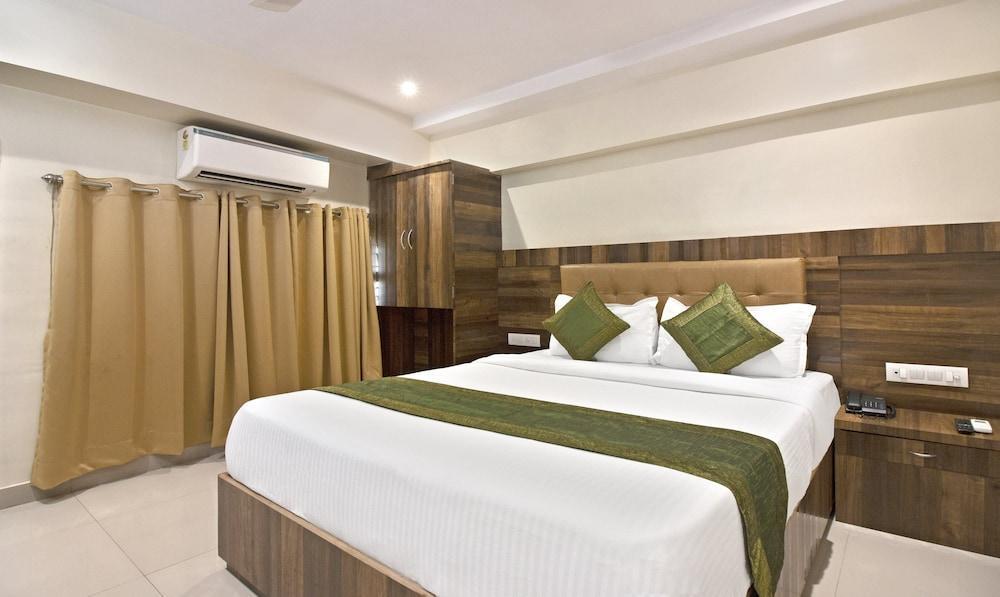Treebo Trip Rk Hotel