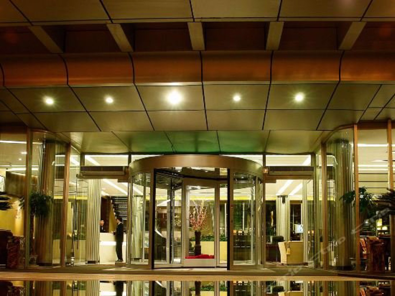 Suzhou Chateau Regency Hotel
