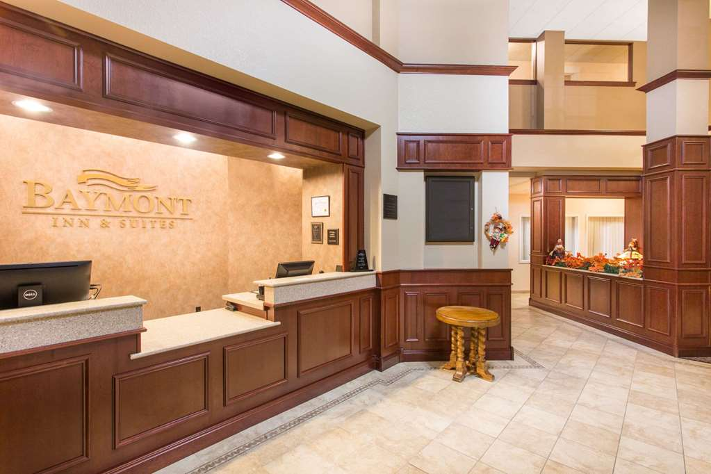 Gallery image of Baymont by Wyndham Plymouth