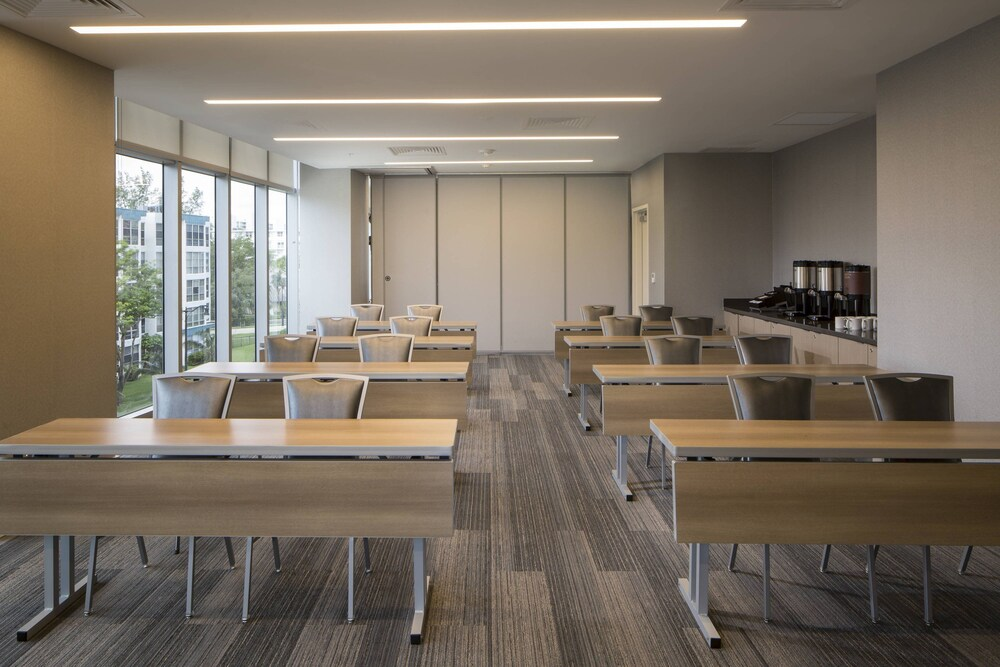 Gallery image of Residence Inn by Marriott Miami Sunny Isles Beach
