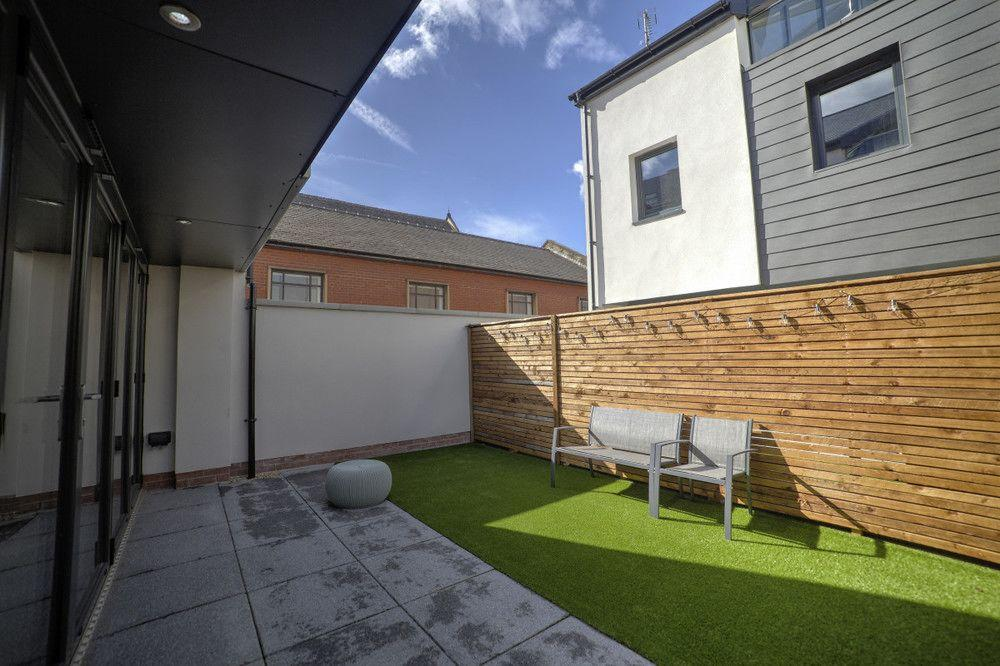 Modern 4 Bed Manchester Town House