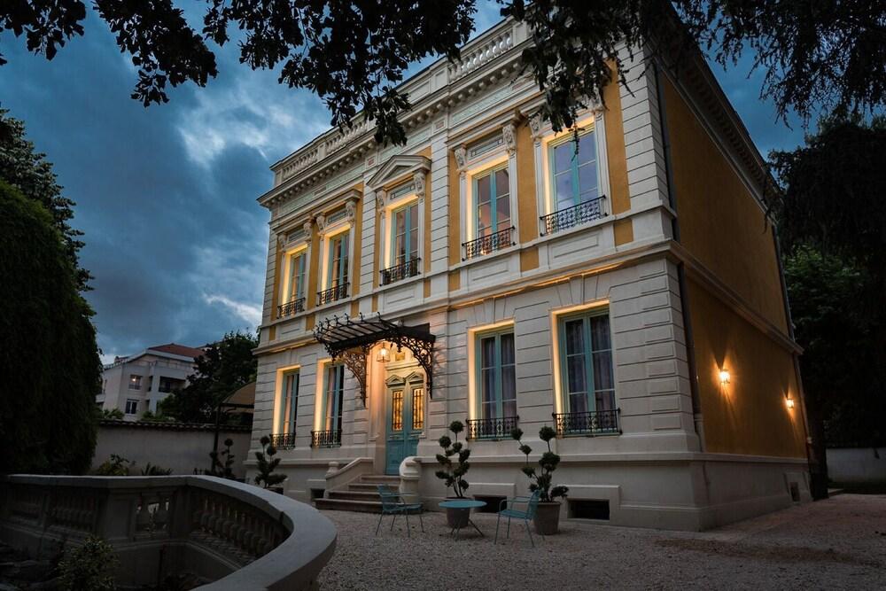Villa 216