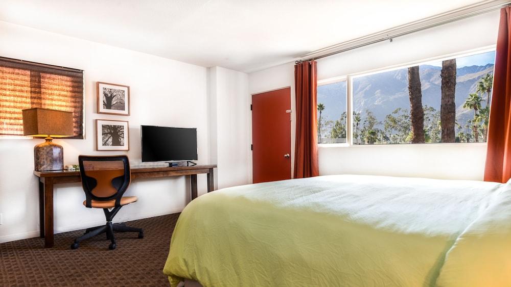 Gallery image of Skylark Hotel