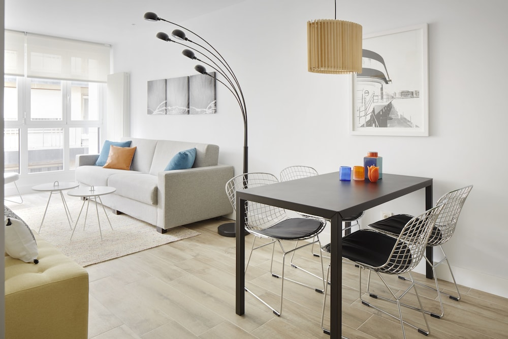 Marina Suite Apartment by FeelFree Rentals
