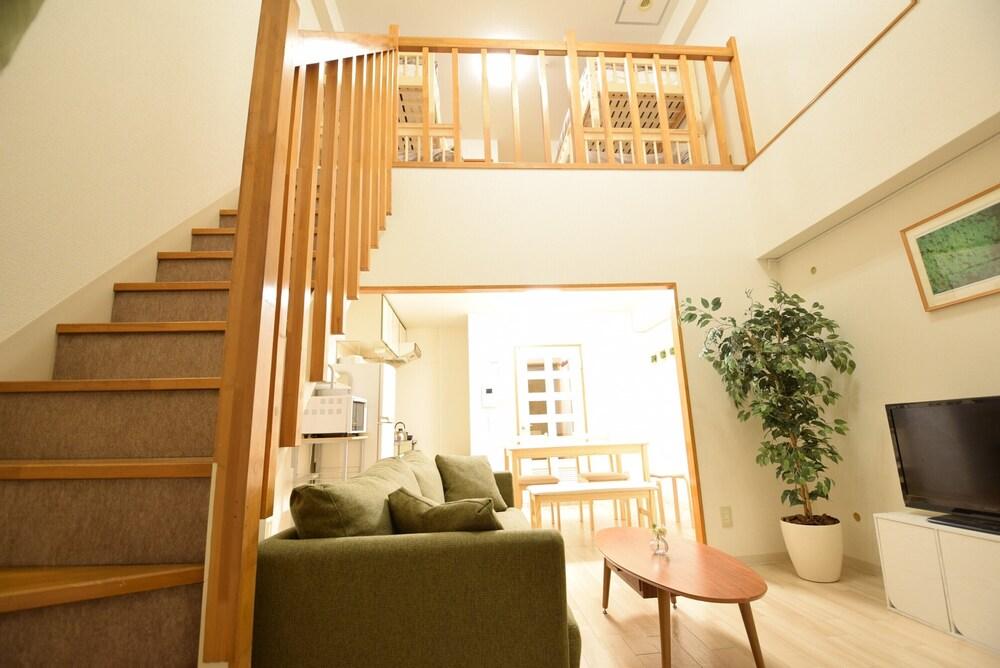 North 4Jo Residence
