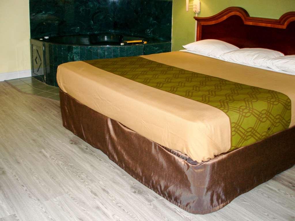 Gallery image of Econo Lodge Texarkana I 30