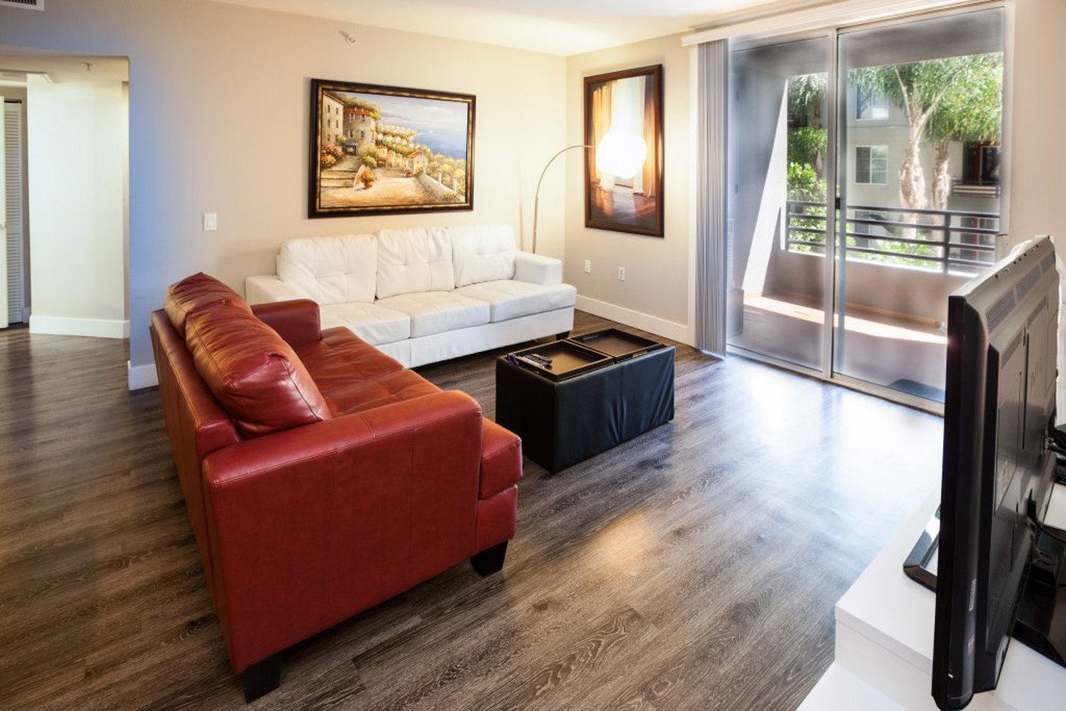 Furnished Suites In Corporate Center Apartments