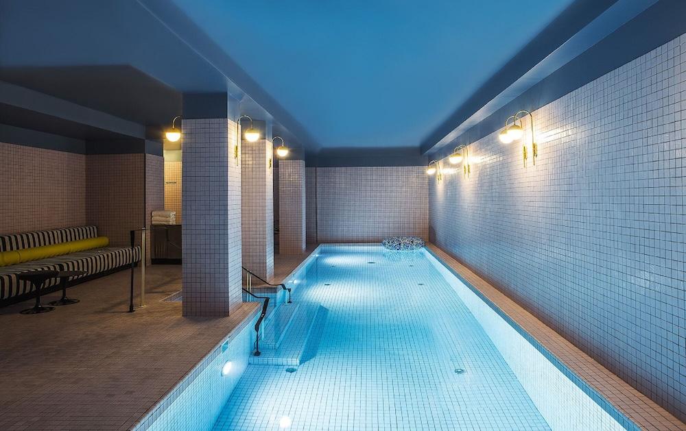 Hotel Du Rond Point Des Champs Elysees