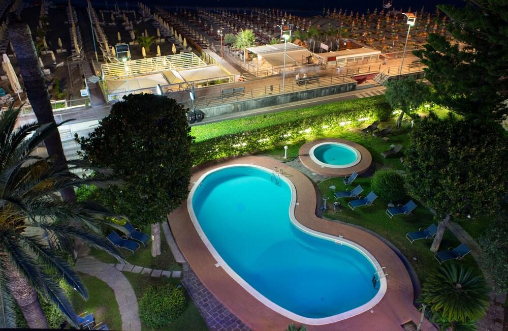 Gallery image of Hotel Garden Lido