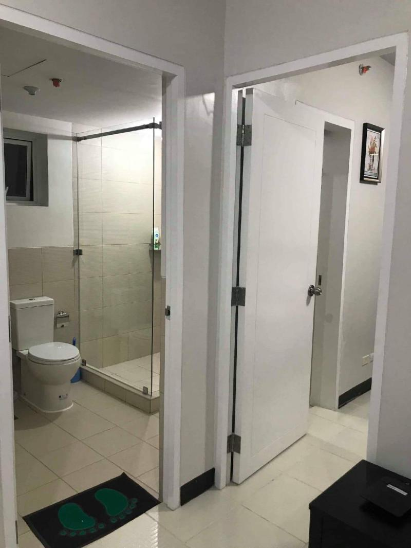 Fully Furnished 1 Bed Greenfield Ortigas Shaw MRT