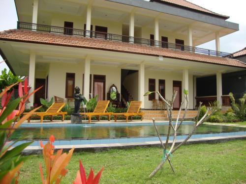 Flamboyan Guest House