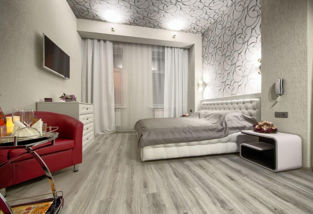Alex Hotel On Zvezdnaya