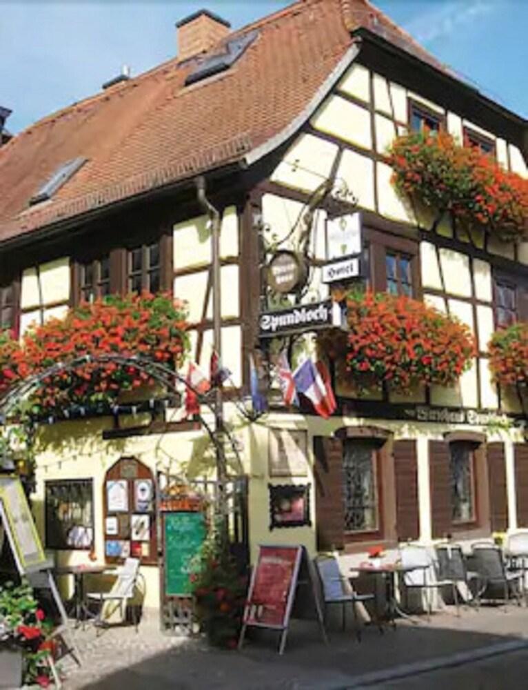 Spundloch Das Hotel & Weinrestaurant