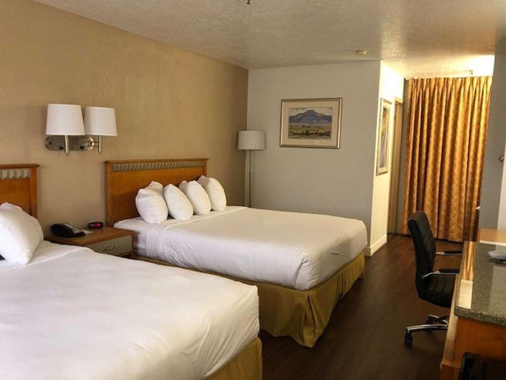 SureStay Plus Hotel by Best Western Albuquerque I40 Eubanks