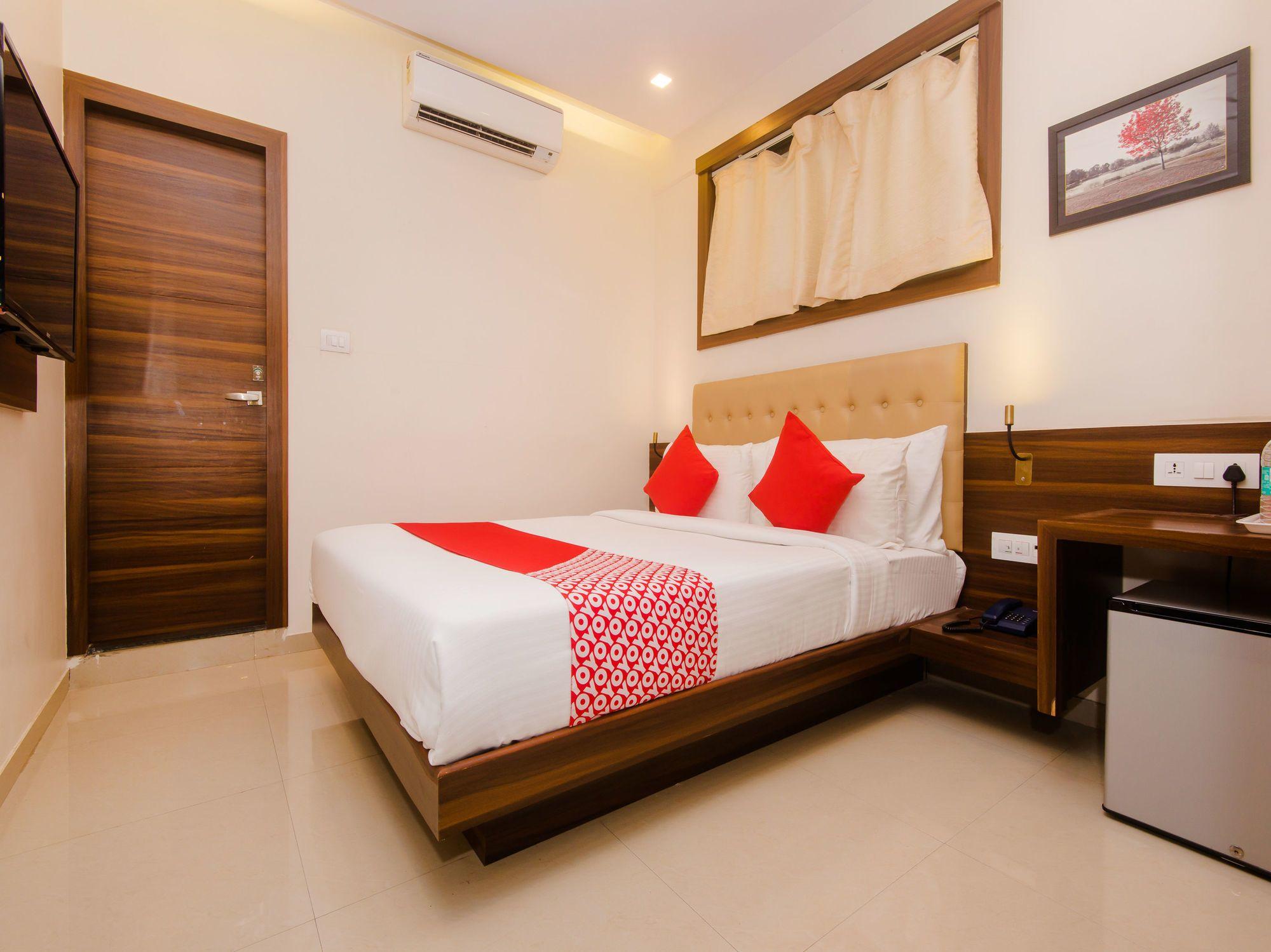 OYO 14984 Hotel Mumbai International