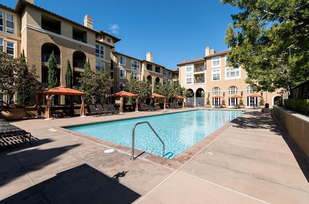 Bluebird Suites in North San Jose