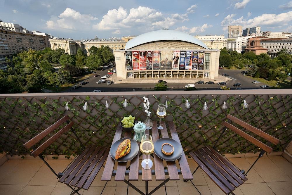 Primo Apartment Cismigiu Gardens
