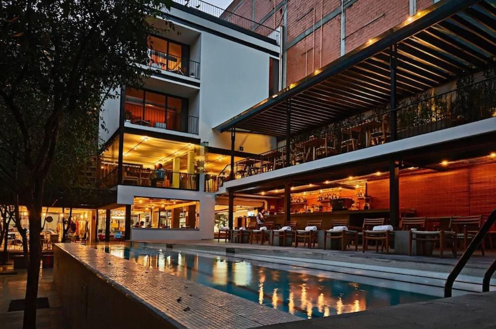 Hotel Carlota
