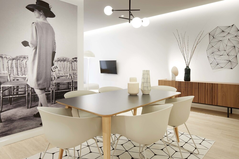 Avenida Suite by FeelFree Rentals