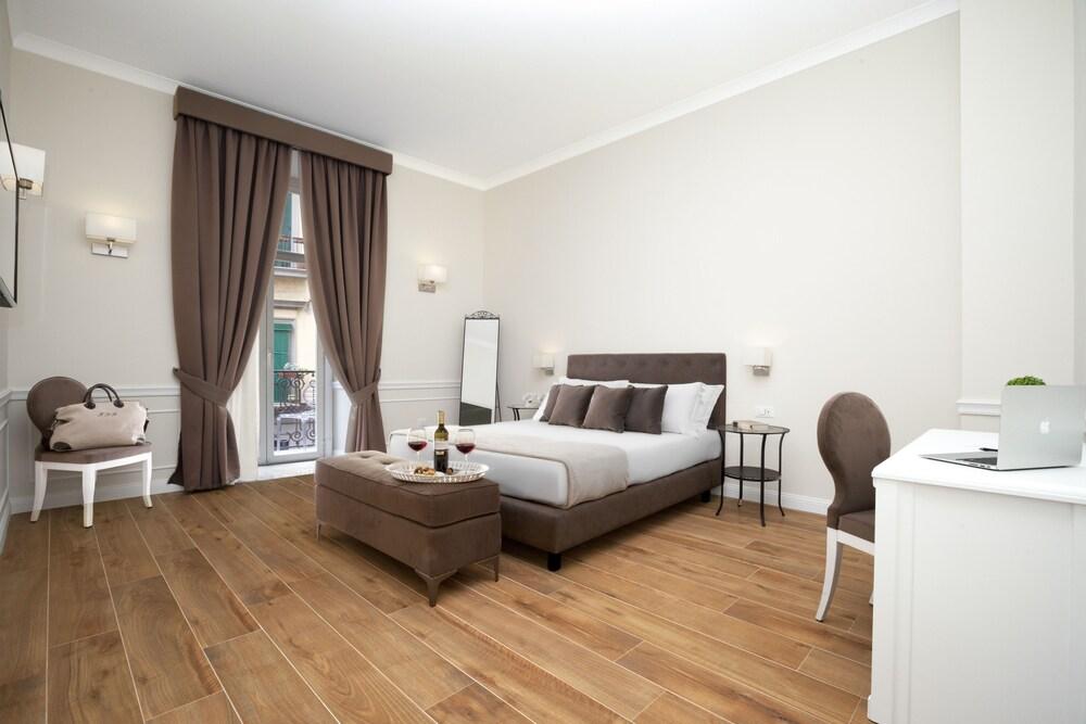 La Fontanina Suites