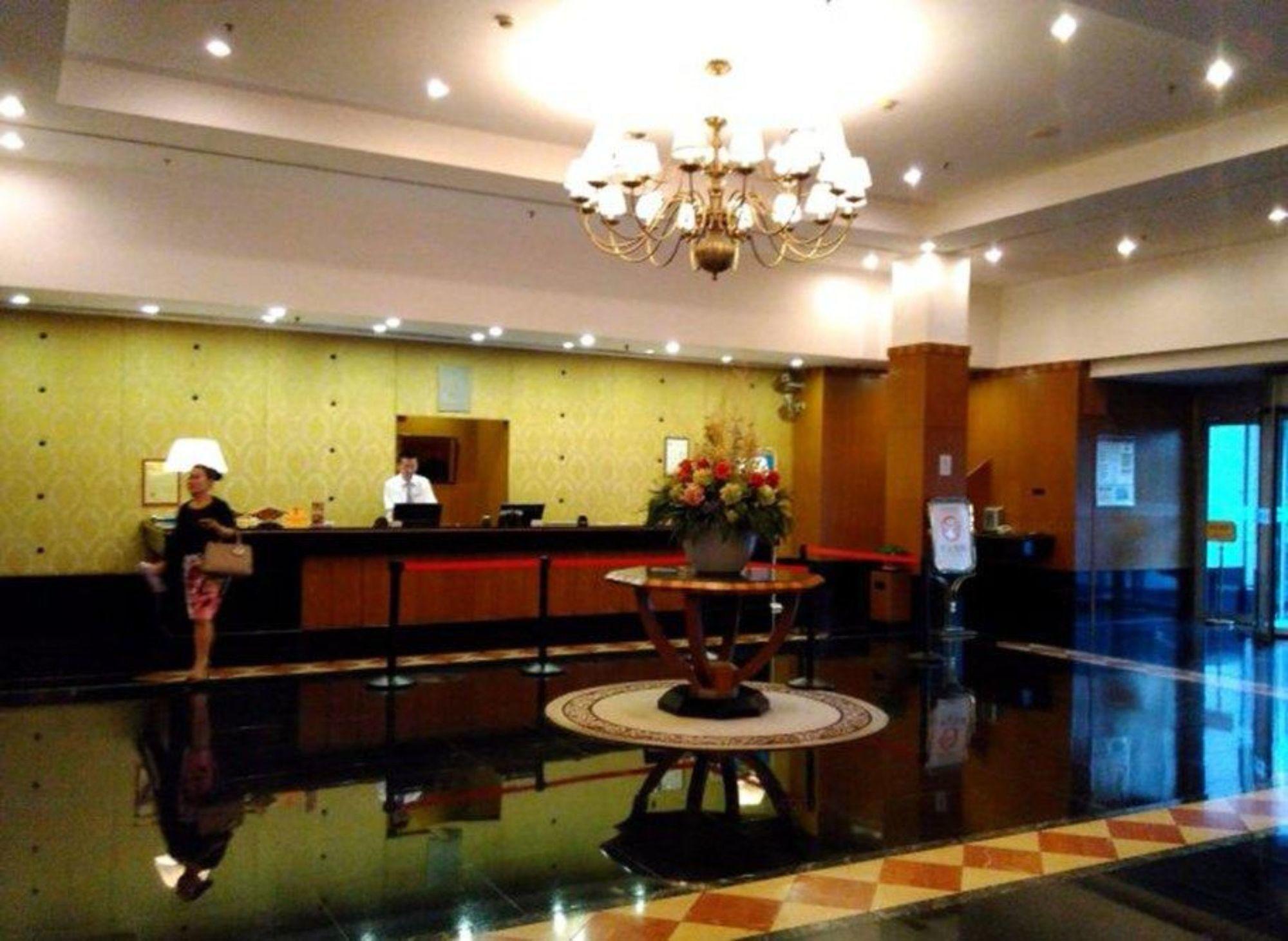 Eastern Light International Hotel