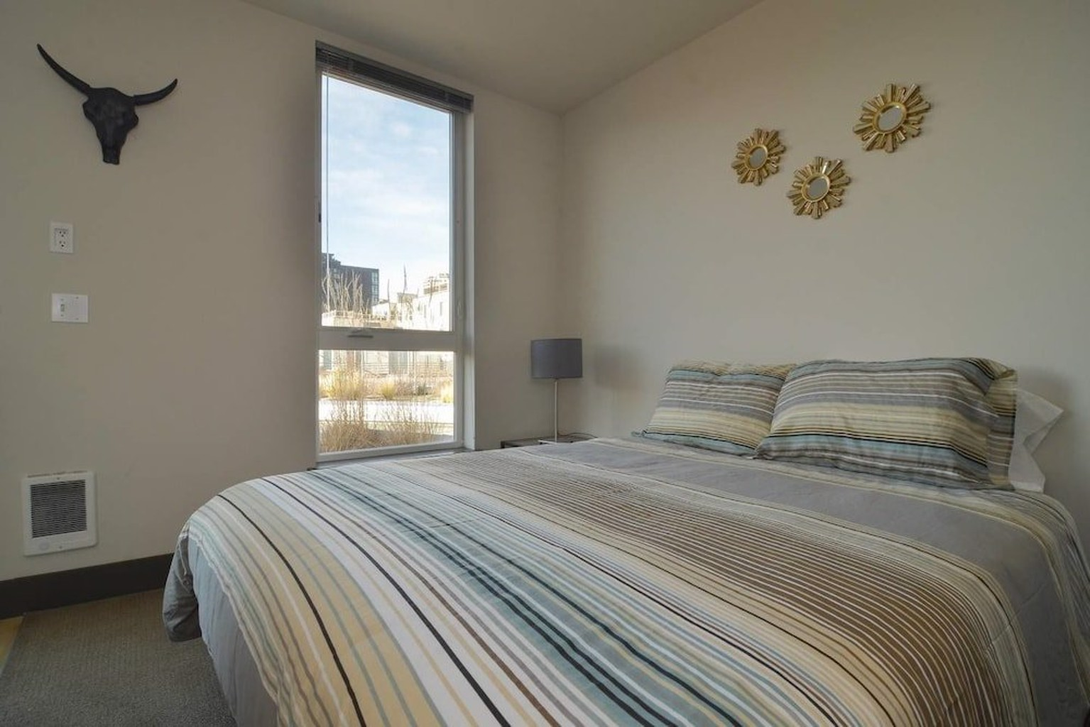 Belltown Pike Place Suites by Luxe Hubs