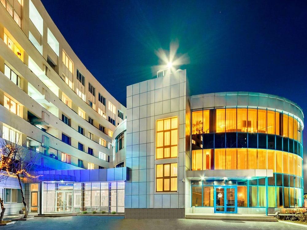 Black Sea Hotel Kiev