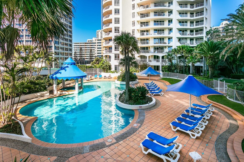Pelicanstay in Surfers Paradise