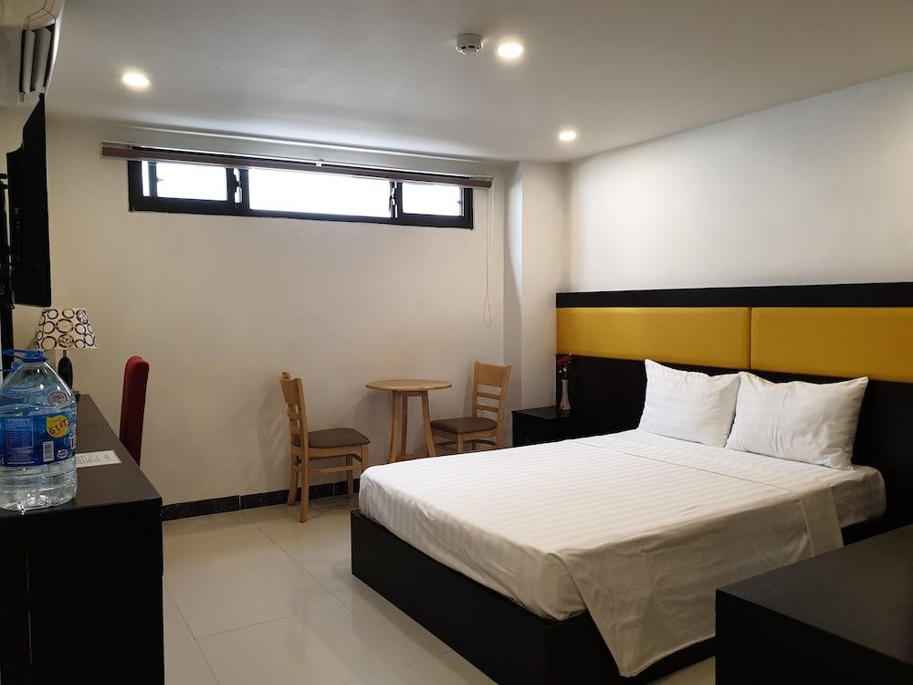 Gallery image of Tokia Hotel Nha Trang