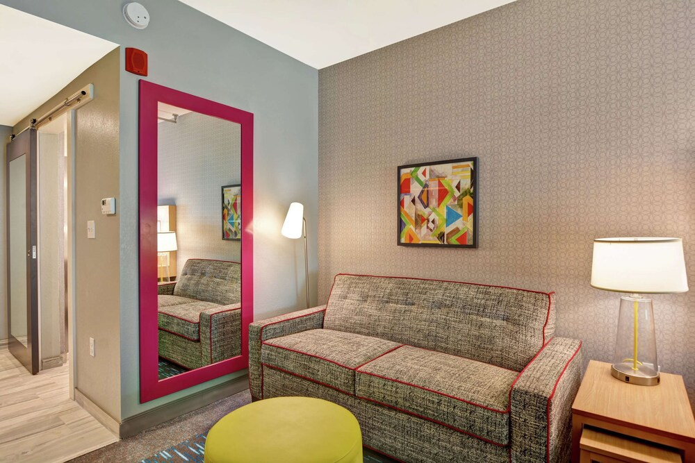 Gallery image of Home2 Suites by Hilton Jacksonville South St. Johns Town Ctr