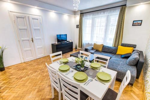 Real Apartments Kertész