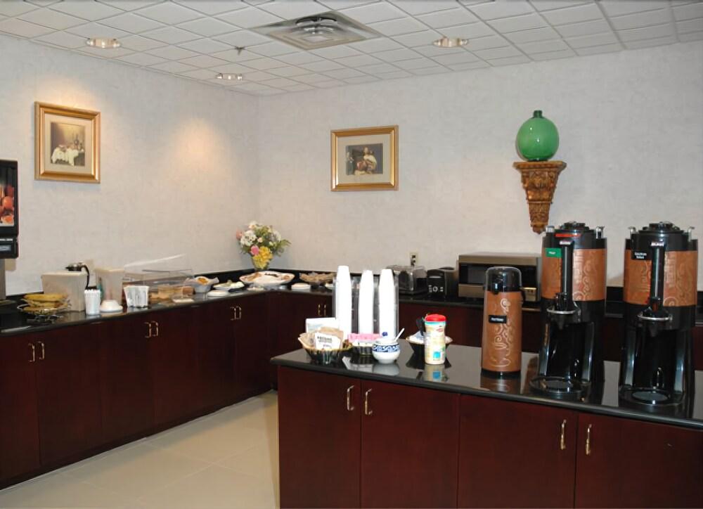 Gallery image of Sans Boutique Hotel & Suites