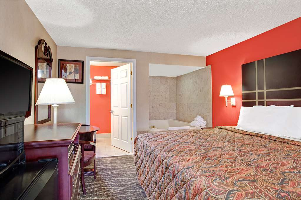 Gallery image of Days Inn by Wyndham Ridgefield NJ