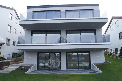Stuttgart Feuerbach Möbliertes Neubau Zimmer nahe Bosch