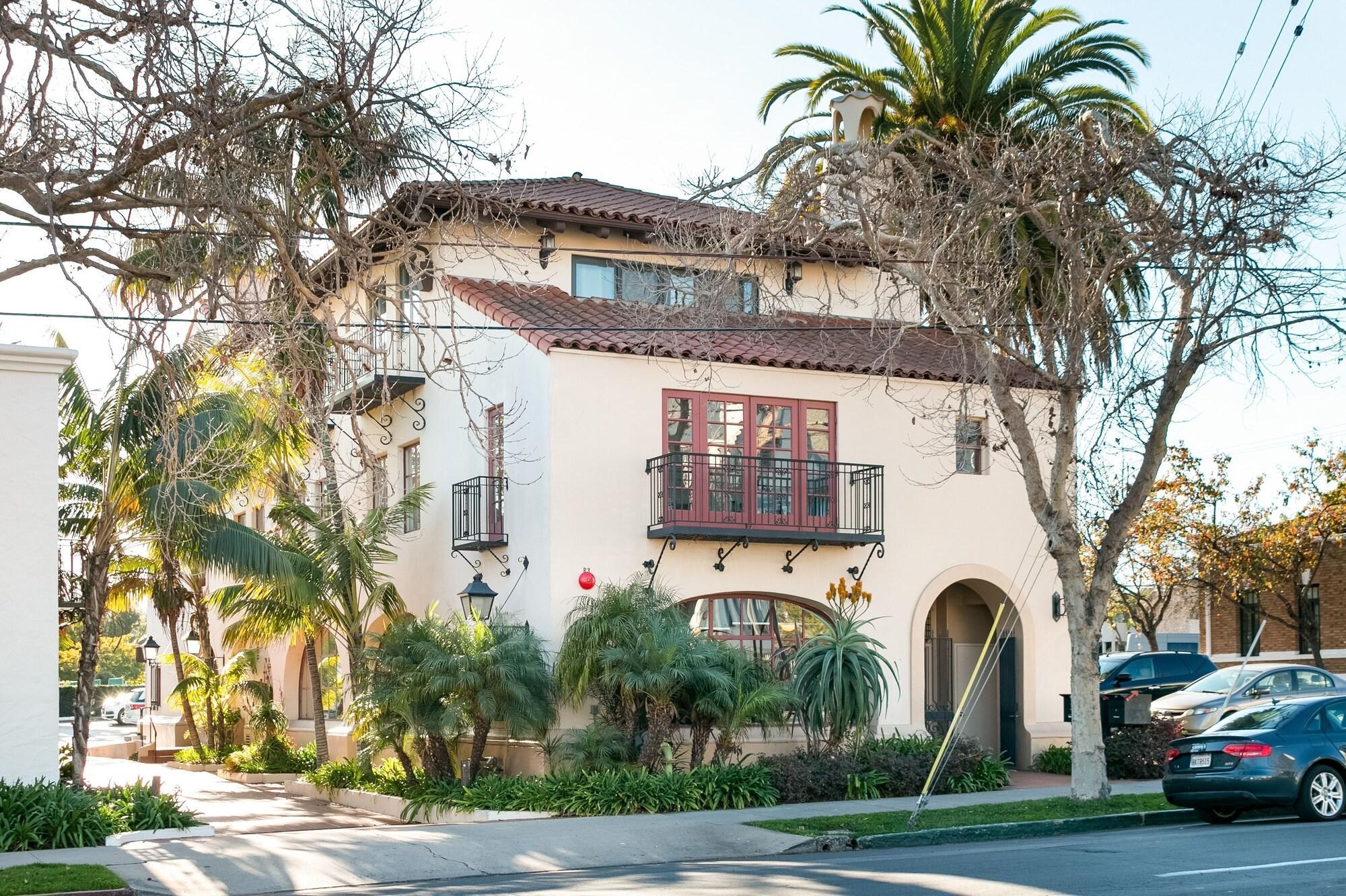 1221 Santa Barbara 2 Br Townhouse