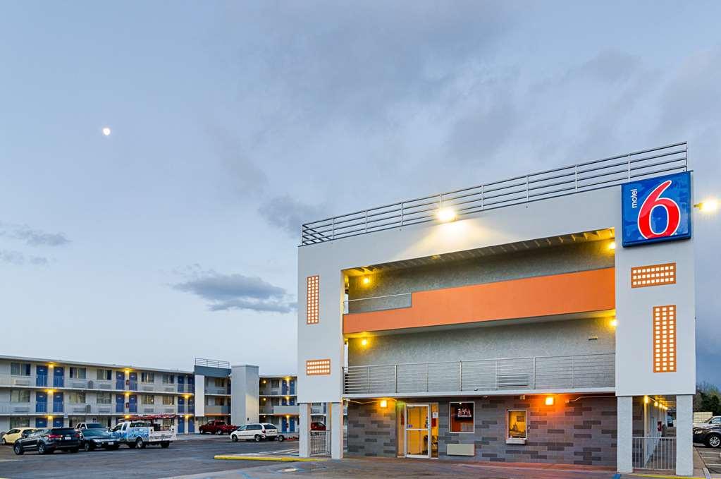 Motel 6 Denver CO Federal Boulevard
