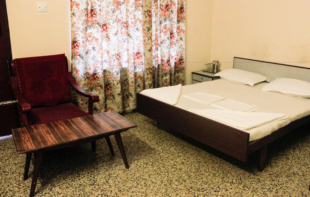 Gallery image of Hotel Keerthi