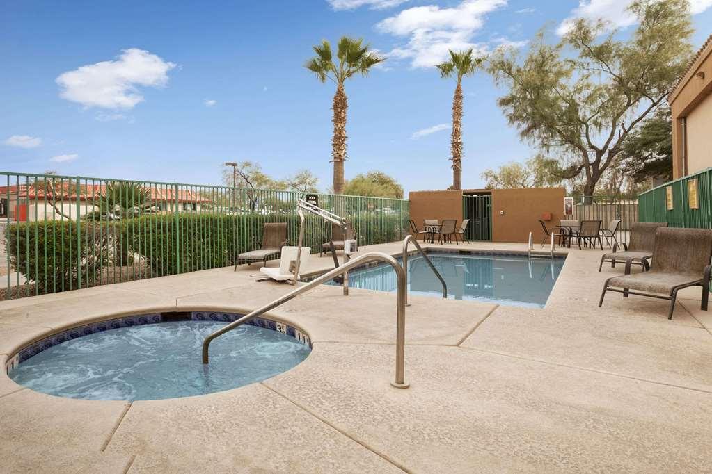 Gallery image of Super 8 by Wyndham Marana Tucson Area