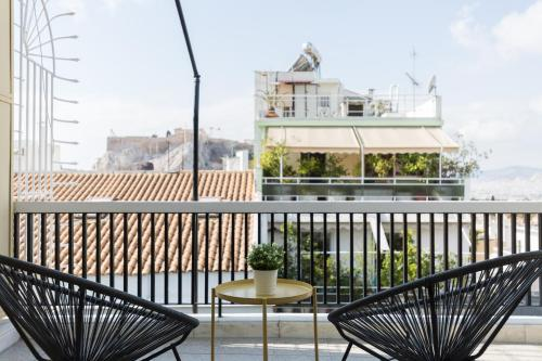 Central Cozy Apartments in Plaka by UPSTREET