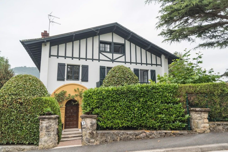 Arbos House