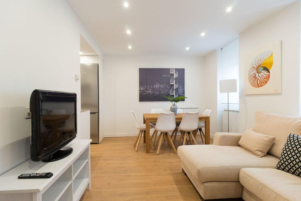 Arrasate Iberorent Apartments